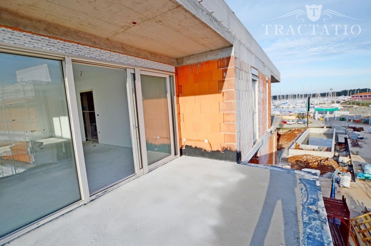 Appartamento Con Terrazza Sul Tetto Cittanova Novigrad