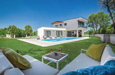 Villa for sale near Rovinj near the sea, Croatia