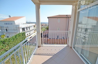 Apartment on the first floor in Novigrad, Istria