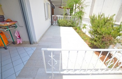 NEW APARTMENT ON THE SEA, IN THE ENVIRONMENT OF PULA, ISTRA